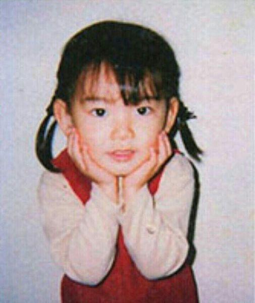 宮脇咲良の子供時代사쿠라.jpg