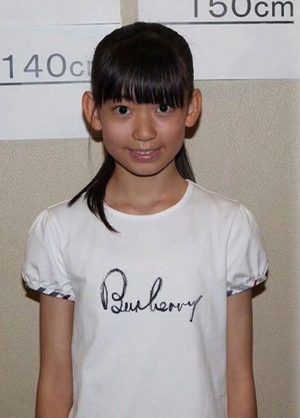 宮脇咲良の子供時代사쿠라5 (2).jpg