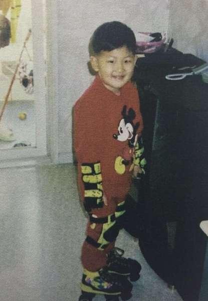 RM_子供の頃_AAAH15c.jpg