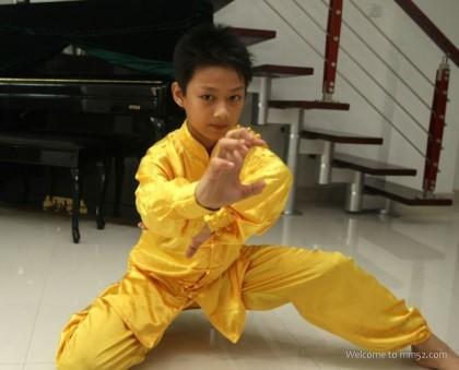 ジュンの子供の頃